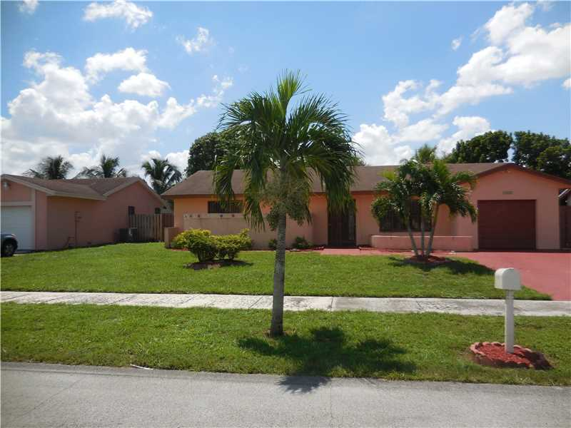 6412 Nw 199th Ter, Hialeah, FL 33015