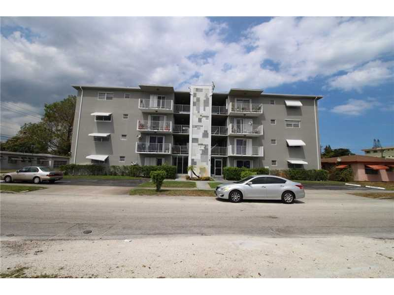 Photo of 1855  Plunkett St  Hollywood  FL