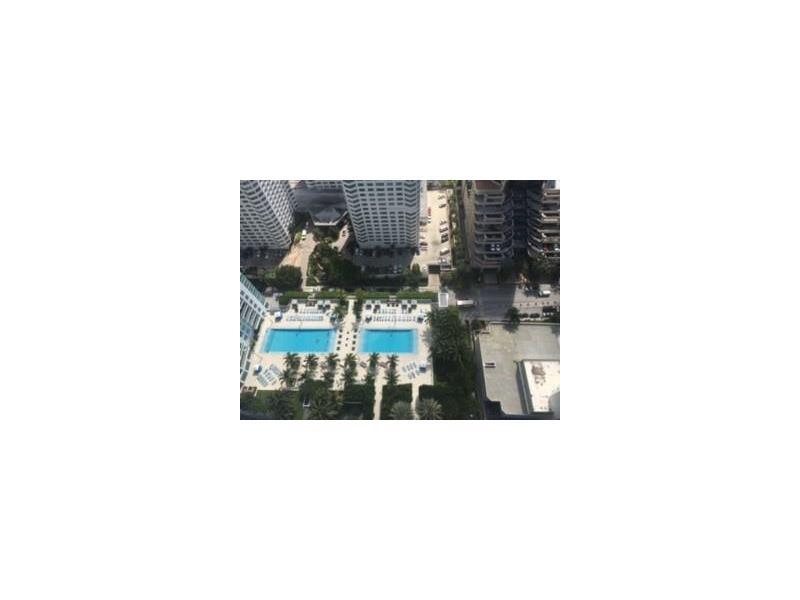 951 Brickell Ave # 4208, Miami, FL 33131