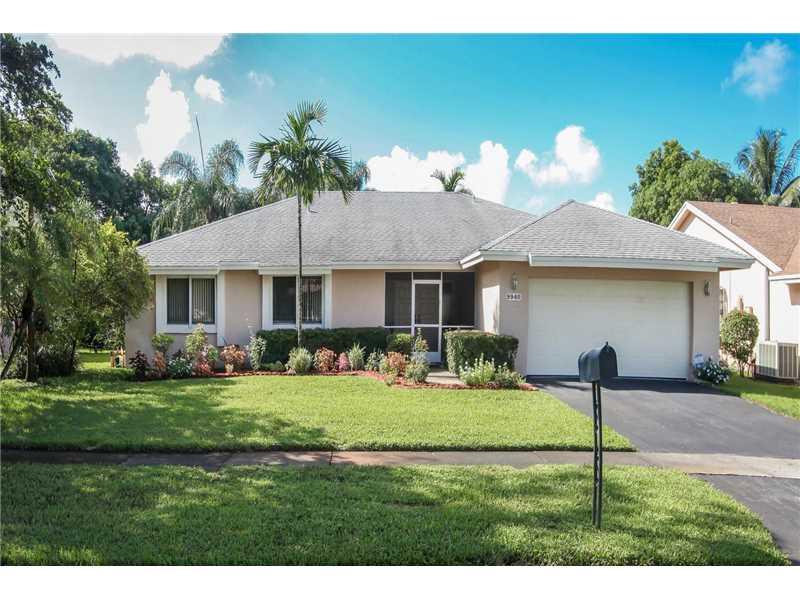 9940 Sw 8th St, Pembroke Pines, FL 33025