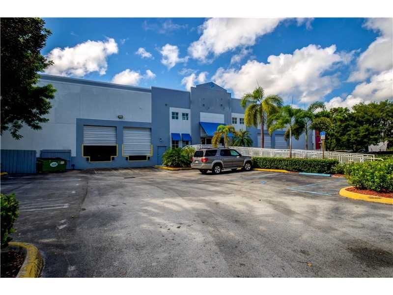 11500 Nw 34th St, Miami, FL 33178