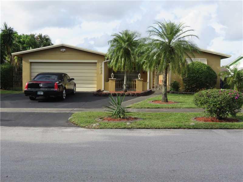 9291 Nw 23rd St, Pembroke Pines, FL 33024