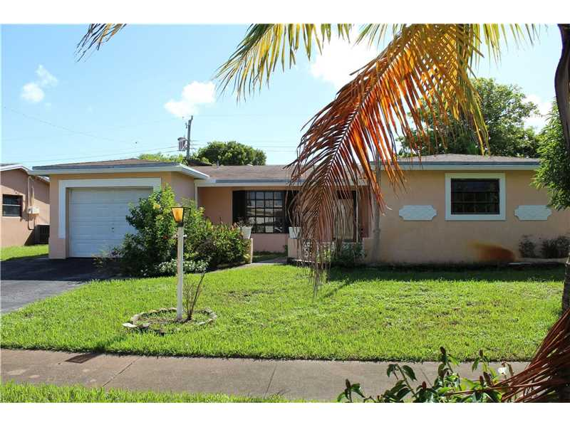 4280 Nw 35th Ter, Lauderdale Lakes, FL 33309