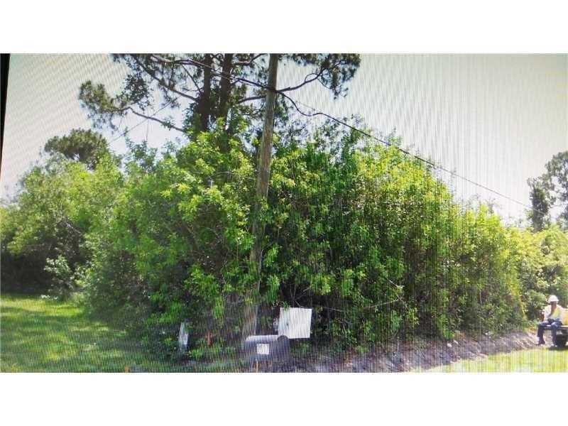 Photo of 2025 Castinet Ln  Port St Lucie  FL