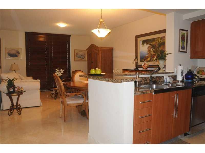 888 S Douglas Rd # 812, Coral Gables, FL 33134