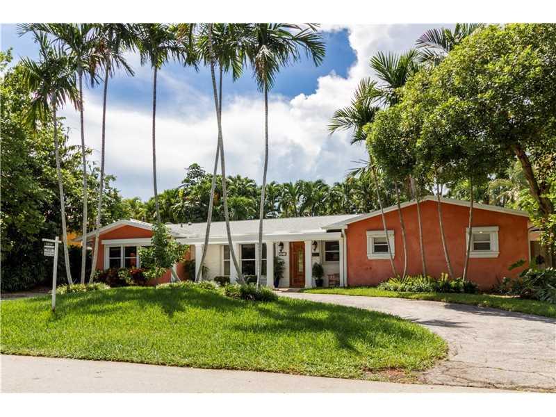 271 Buttonwood Dr, Key Biscayne, FL 33149