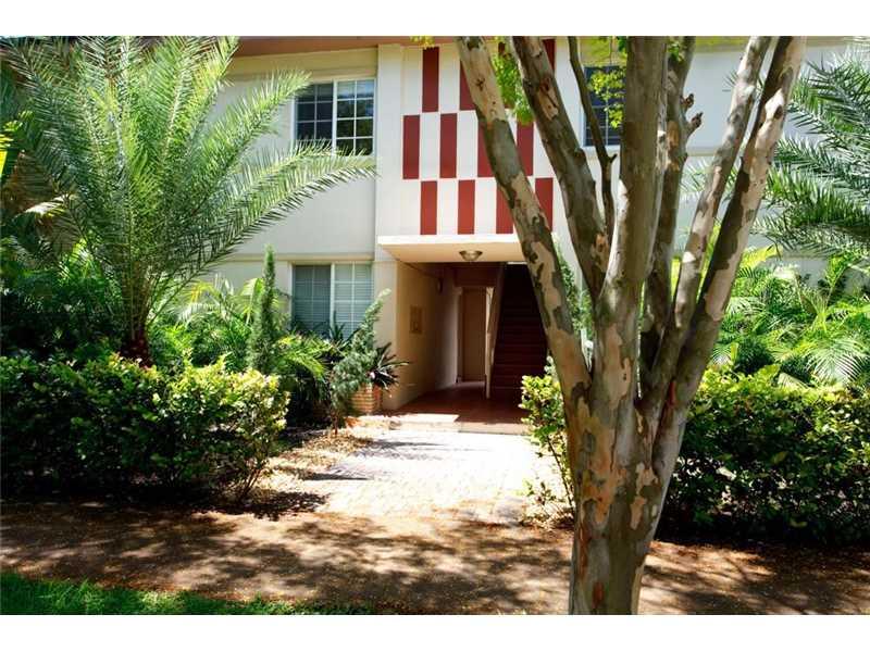 1300 Salzedo St # 6, Coral Gables, FL 33134