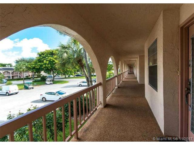 Photo of 1208  Bahama Bnd  Coconut Creek  FL