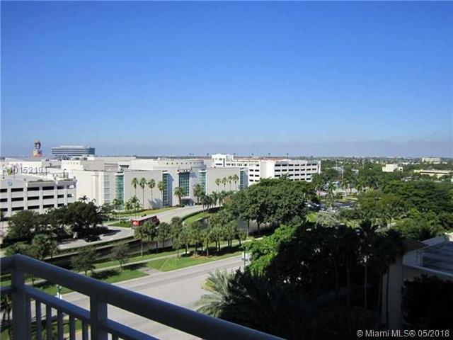 19501 W Country Club Dr # 810, Aventura, FL 33180