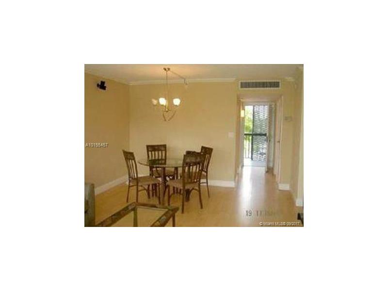 Photo of 3401 North Country Club Dr  Aventura  FL