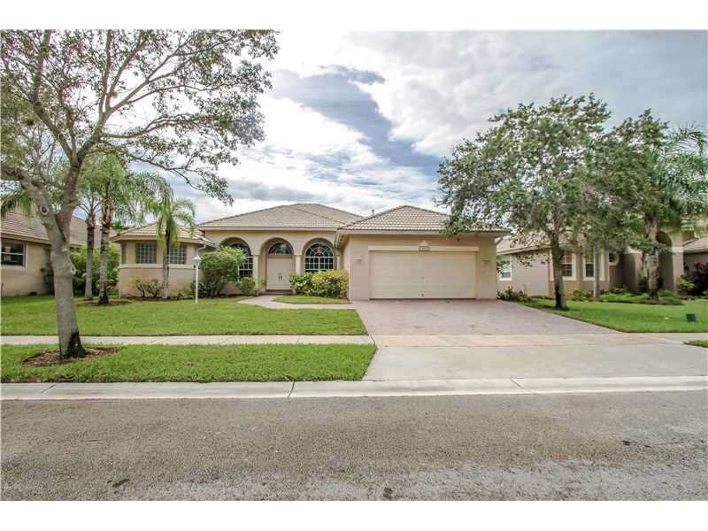13812 Northwest 16th St Pembroke Pines, FL 33028