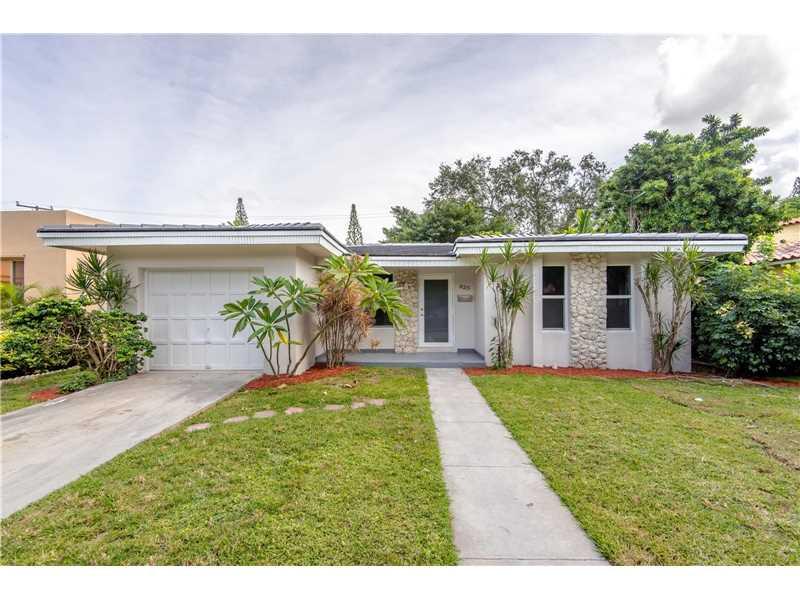 825 Lorca St, Coral Gables, FL 33134