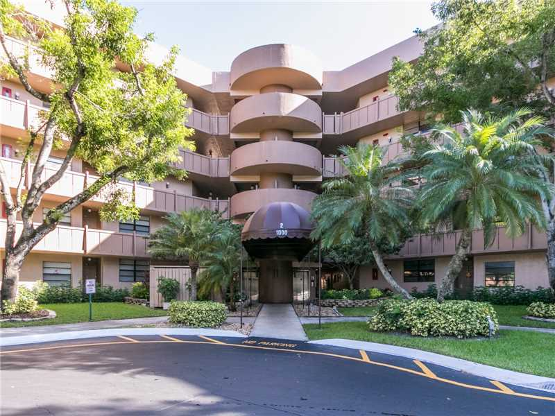 Photo of 1000  Colony Point Circle  Pembroke Pines  FL