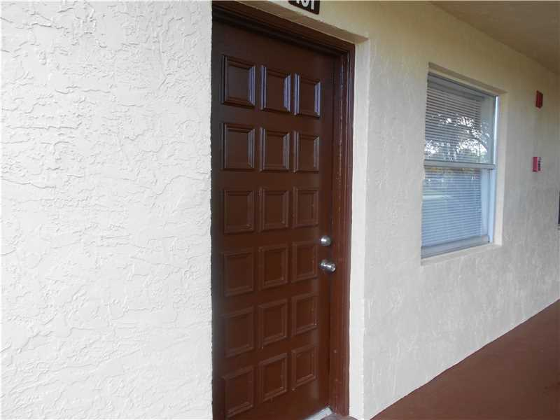 3161 Nw 47th Ter # 101, Lauderdale Lakes, FL 33319