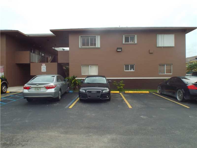 Photo of 2925 West 80th St  Hialeah  FL