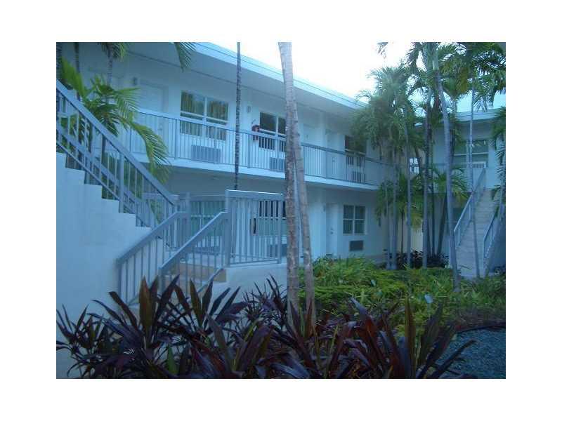Photo of 8080  Tatum Waterway Dr  Miami Beach  FL