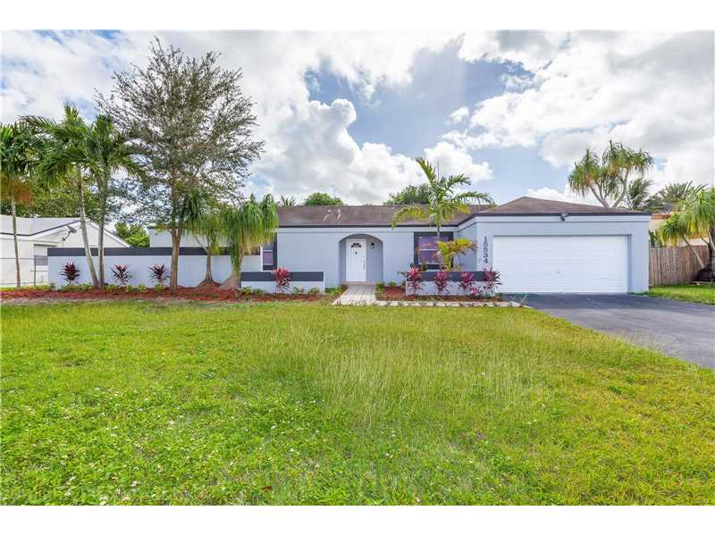 Photo of 15534 Southwest 153rd St  Miami  FL