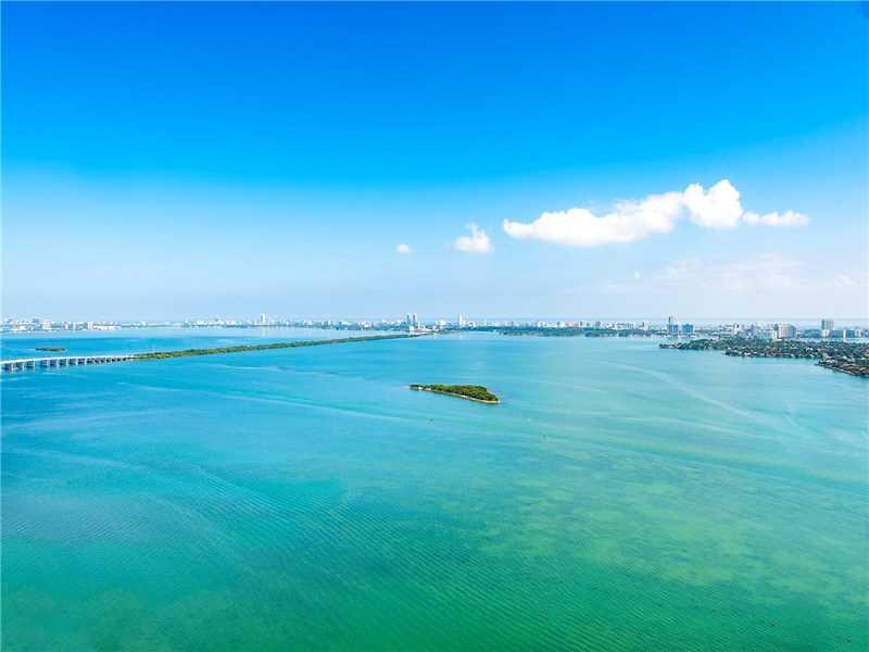 1900 N Bayshore Dr, Miami, FL 33132