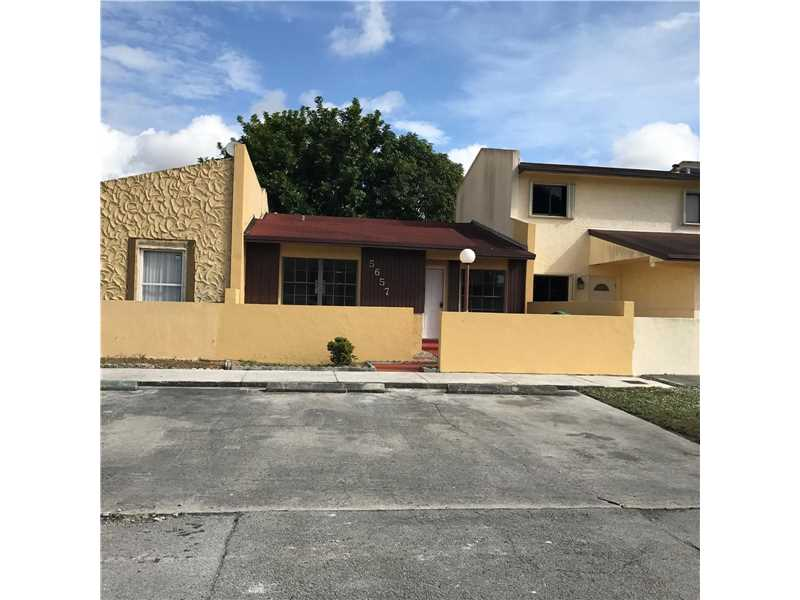 Photo of 5657 Northwest 195th Ter  Miami Gardens  FL