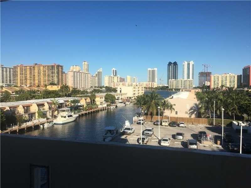 3703 NE 166th St, North Miami Beach, FL 33160