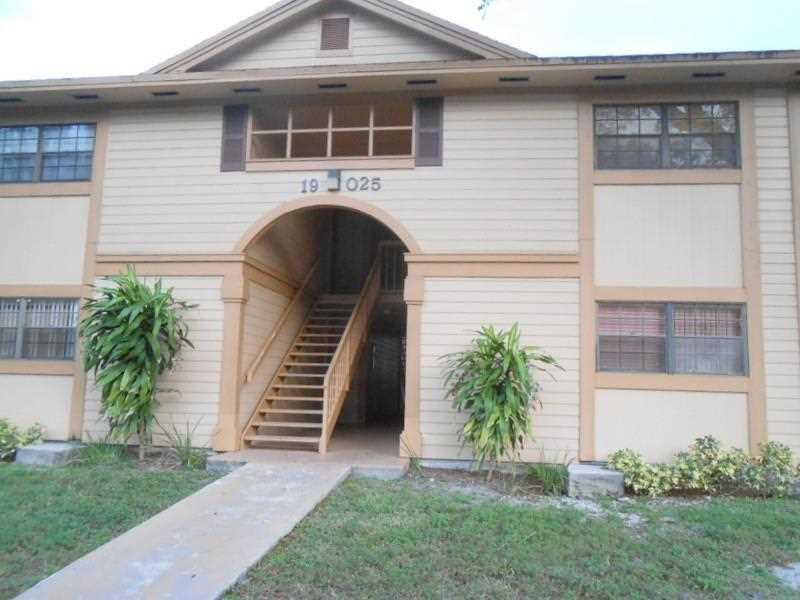 Photo of 19025 Northwest 62nd Ave  Hialeah  FL
