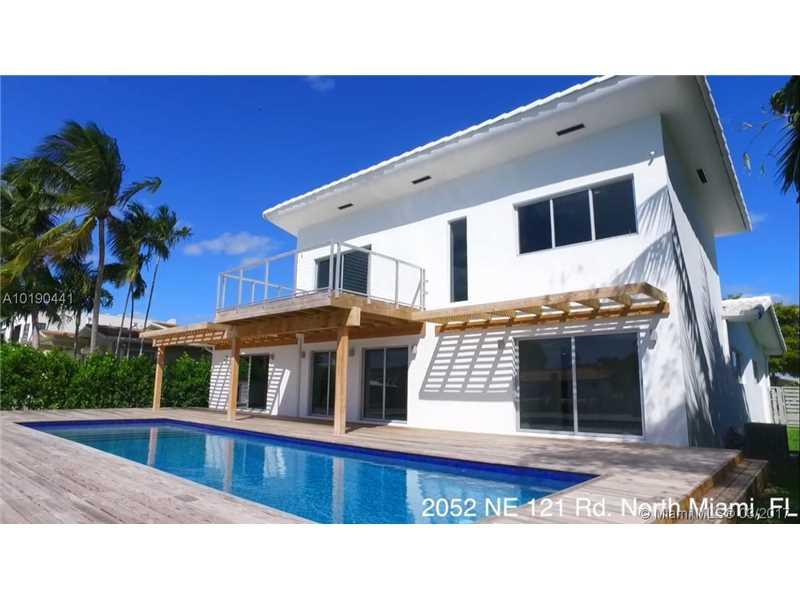 2052 Ne 121st Rd, North Miami, FL 33181