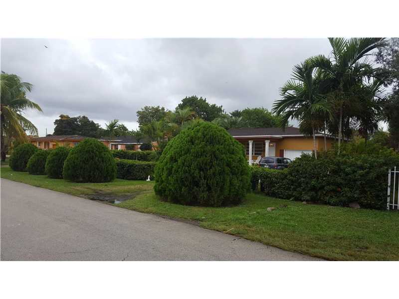 Photo of 14800 South Biscayne River Dr  Miami  FL