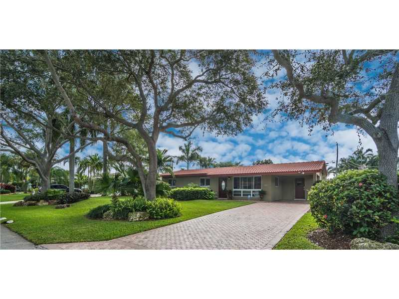 2150 Northeast 55th Ct, Sea Ranch Lakes in Broward County County, FL 33308 Home for Sale