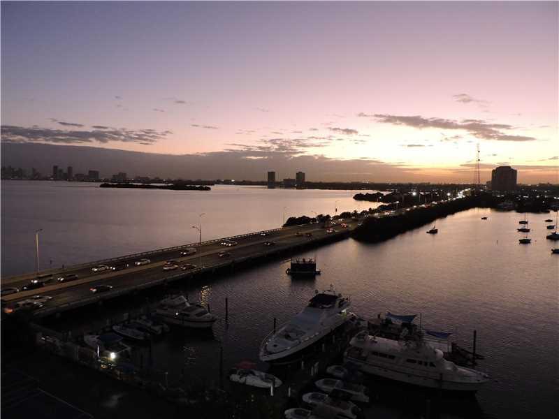 Photo of 7904  West Dr  North Bay Village  FL