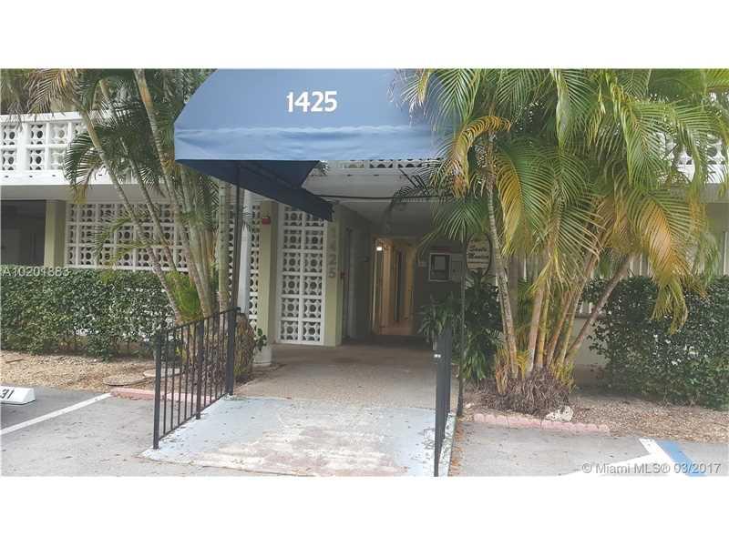 Photo of 1425  Arthur St  Hollywood  FL