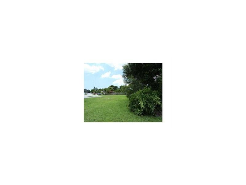 primary photo for 5700 Hallandale Beach Blvd, West Park, FL 33023, US