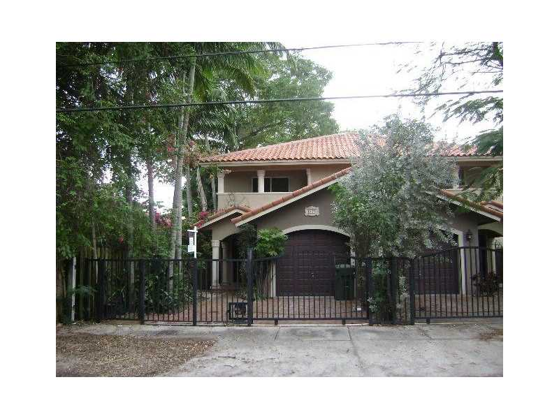 3172 Indiana St, Coconut Grove, FL 33133