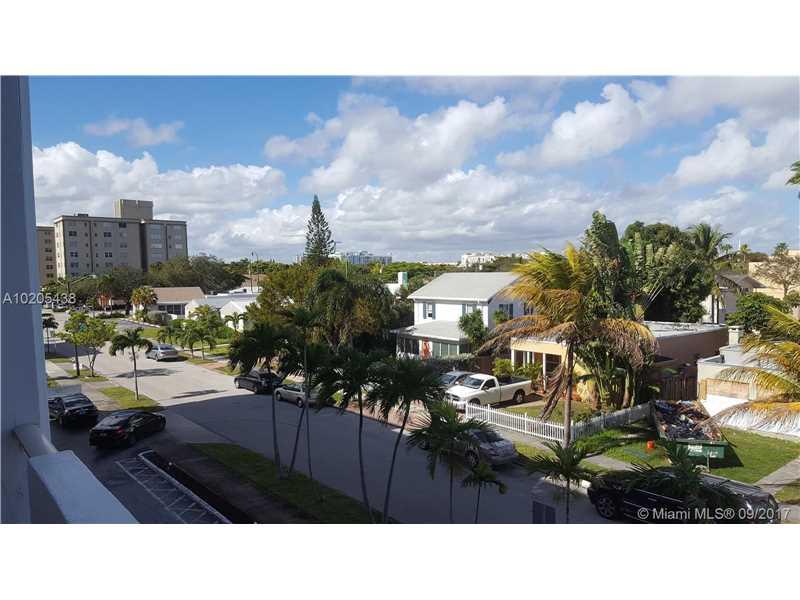 Photo of 1720  Jefferson St  Hollywood  FL