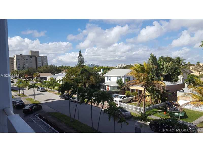 Photo of 1720 Jefferson St  Hollywood  FL