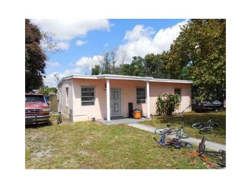 Photo of 2545 Northwest 157th St  Miami Gardens  FL