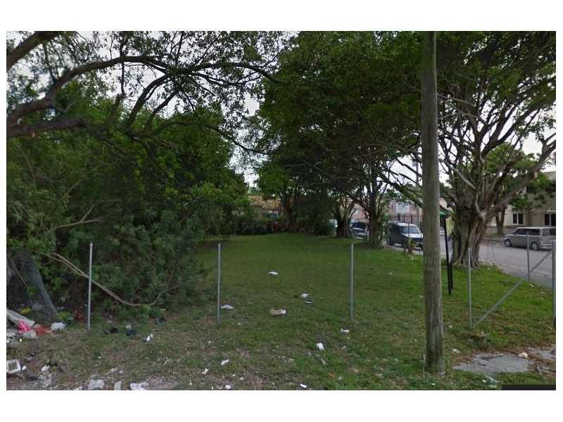 Photo of 5499 NE Miami Pl  Miami  FL