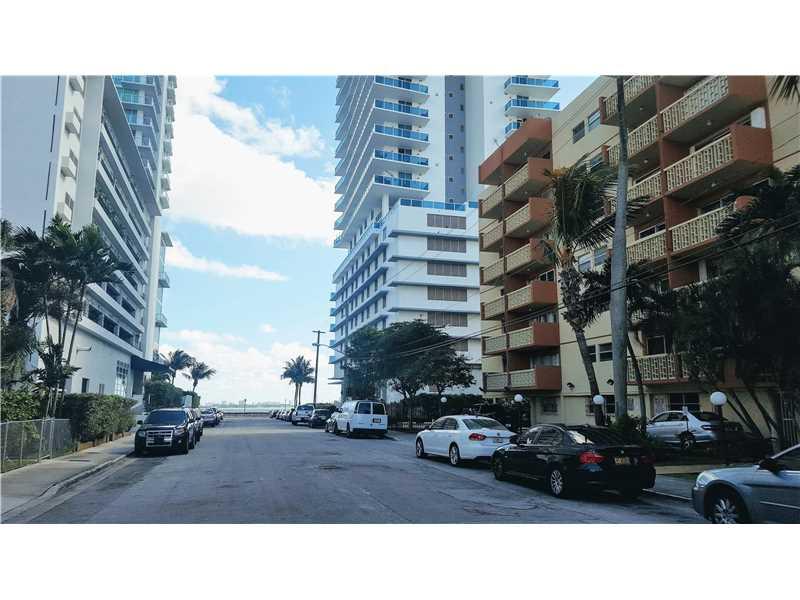 Photo of 600 Northeast 25th St  Miami  FL