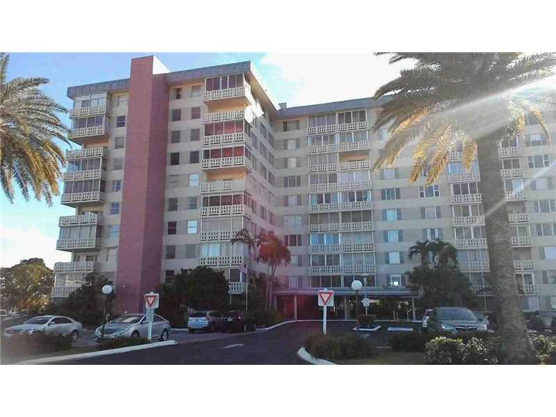 Photo of 4350  Hillcrest Dr  Hollywood  FL