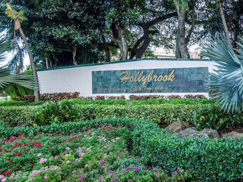 Photo of 8900  Washington Blvd  Pembroke Pines  FL