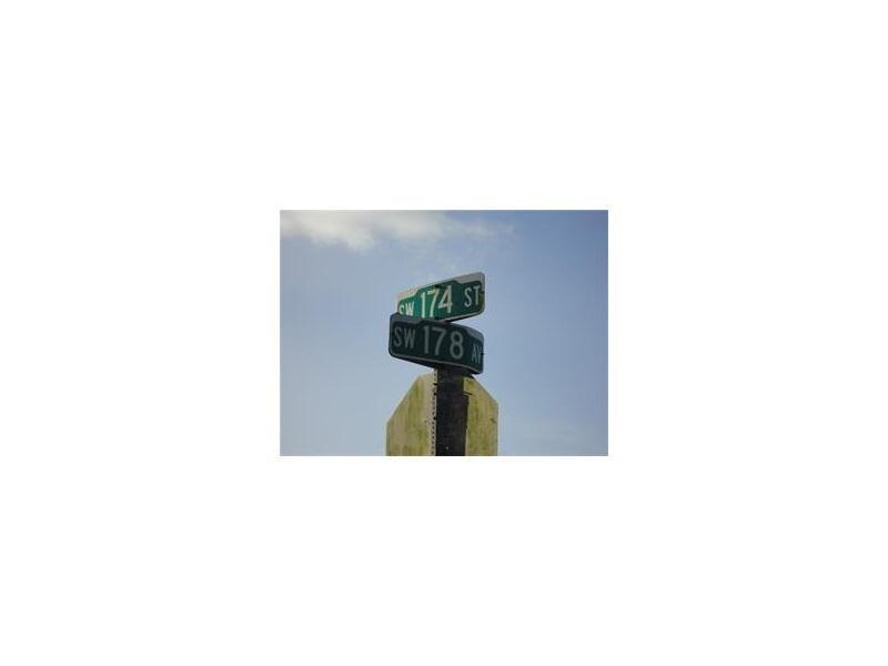 Photo of 178 SE Corner of 174 Av  Miami  FL
