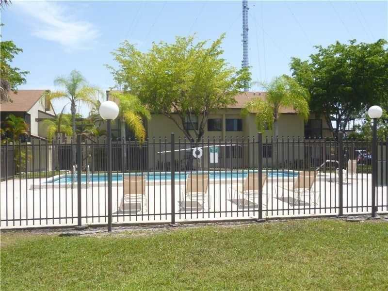 Photo of 415 Northwest 210th St  Miami Gardens  FL