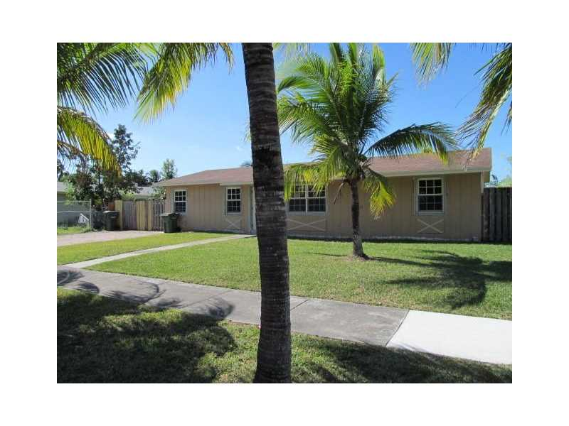 668 Sw 17th Ter, Homestead, FL 33030