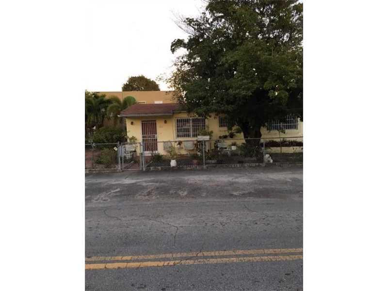 Photo of 2401 Southwest 31st Ave  Miami  FL