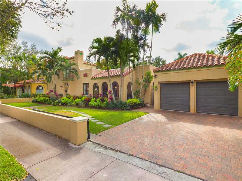 1232 Palermo Ave, Coral Gables, FL 33134