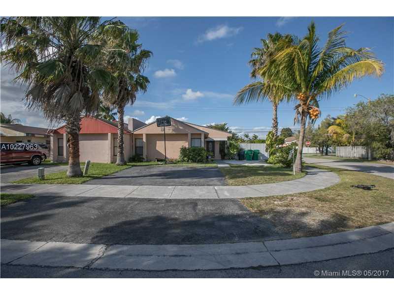 Photo of 11921  sw 208 ter  Miami  FL