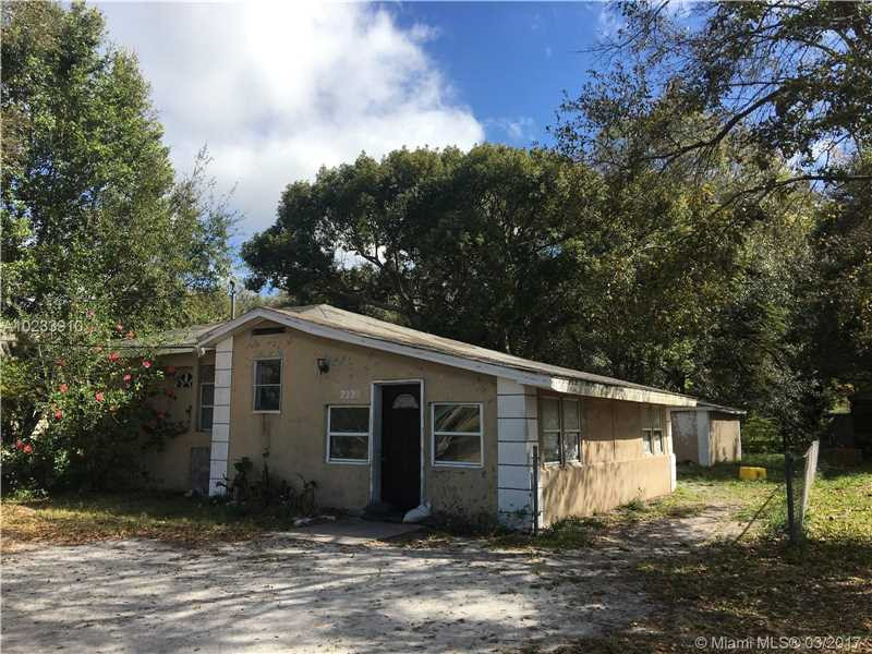 Photo of 2330  Lake DR NW Winter H  Other City - In The State Of Florida  FL