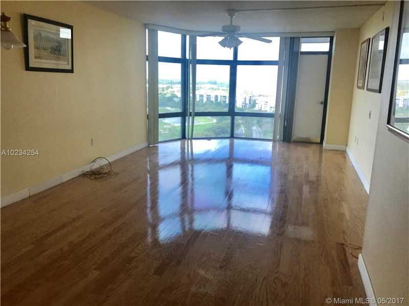 Photo of 3375 North Country Club Dr  Aventura  FL