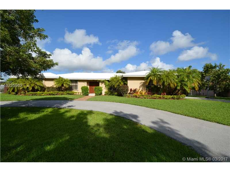 Photo of 14440 Southwest 84th Ave  Palmetto Bay  FL