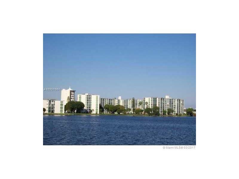 Photo of 1770 Northeast 191st St  Miami  FL