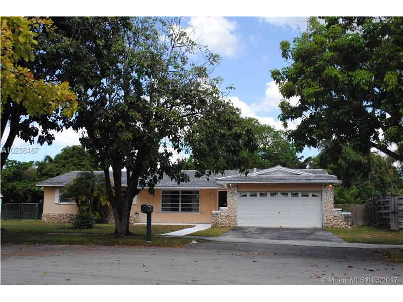 Photo of 8425 Southwest 200th Ter  Cutler Bay  FL